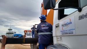 Operações portuárias e movimentação de cargas em Manaus