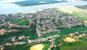 Transporte fluvial de cargas em balsas entre Manaus x Tefé