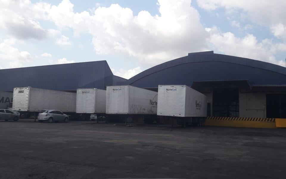 Read more about the article Movimentação de carga Porta-a-Porta em Manaus